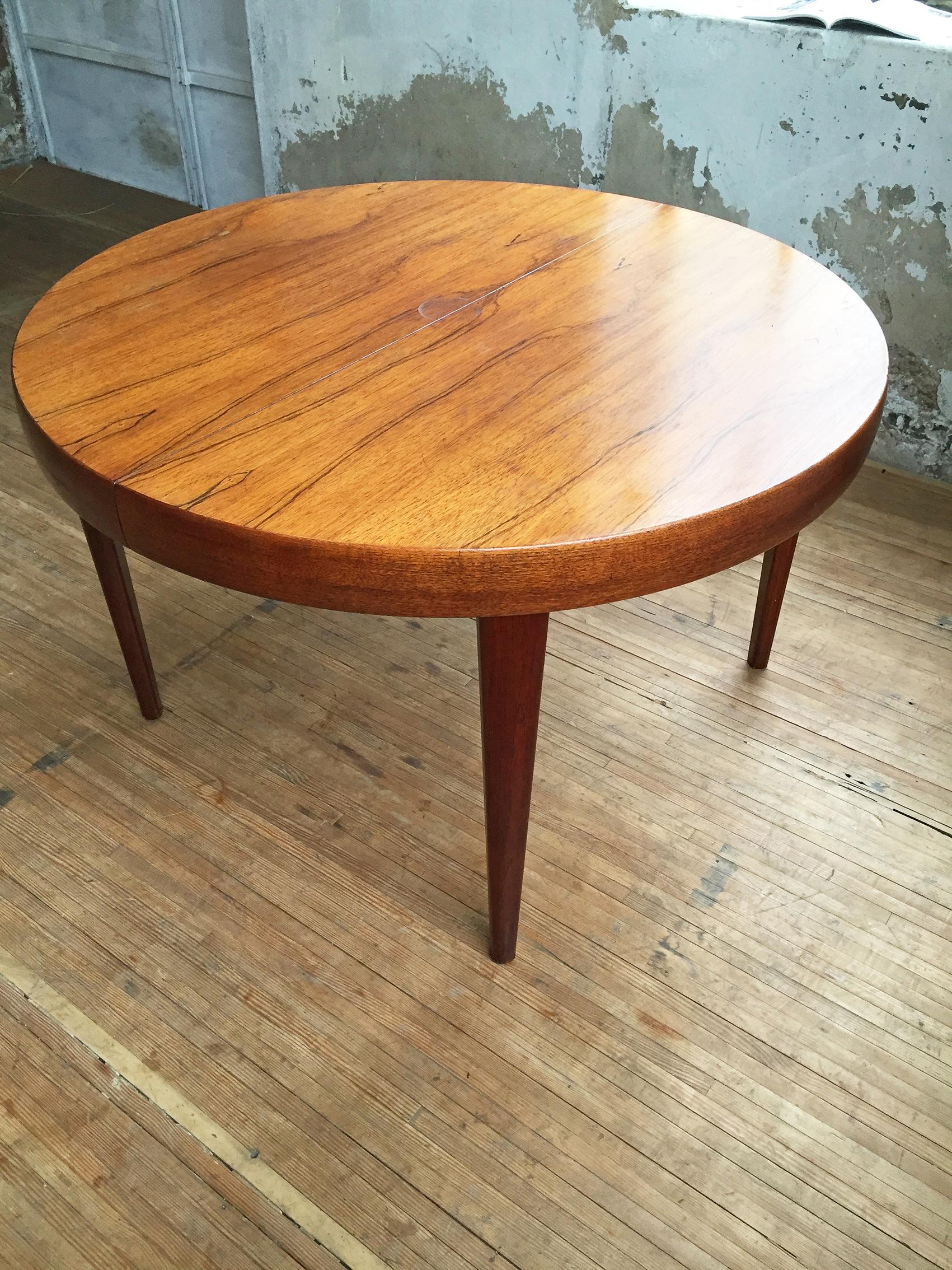 Table ronde danoise palissandre